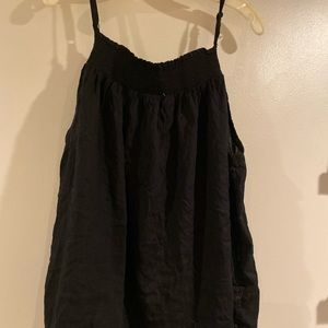 Old Navy black smocked sleeveless top